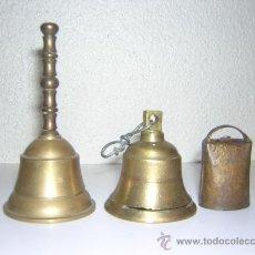Antigüedades: DOS CAMPANITAS DE BRONCE Y UN CENCERRO PEQUEÑO. Lote 27058868