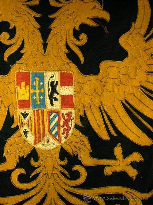 Antigüedades: Antiguo Escudo Heraldico de reposteria, bordado, etc. Medida 138x1,38 cm - Foto 3 - 24196351