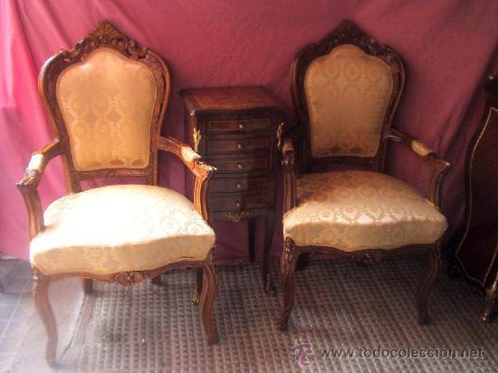 Muy elegante pareja de sillones estilo luis xv comprar - Sillones de madera antiguos ...