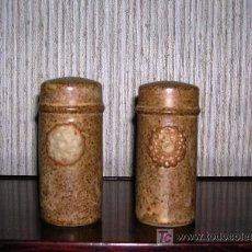 Antigüedades: SALERO Y PIMENTERO DE CERÁMICA. Lote 25798804