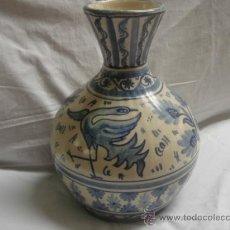 Antigüedades: JARRÓN DE DOMINGO PUNTER, TERUEL. FIRMADO EN BASE. ALTURA: 31.5 CMS. VER FOTOS.. Lote 26330413
