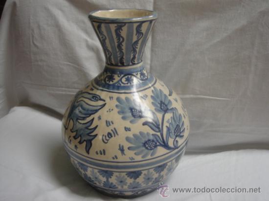 Antigüedades: JARRÓN DE DOMINGO PUNTER, TERUEL. FIRMADO EN BASE. ALTURA: 31.5 CMS. VER FOTOS. - Foto 2 - 26330413