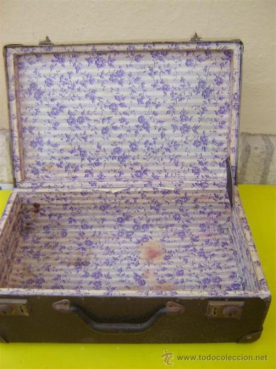 Antigüedades: maleta en carton piedra - Foto 2 - 8794399