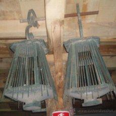 Antigüedades: FAROLES DE FORJA ANTIGUOS , MEDIDA 100 X 55 X55 CM APROXIMADAMENTE. . Lote 21233387