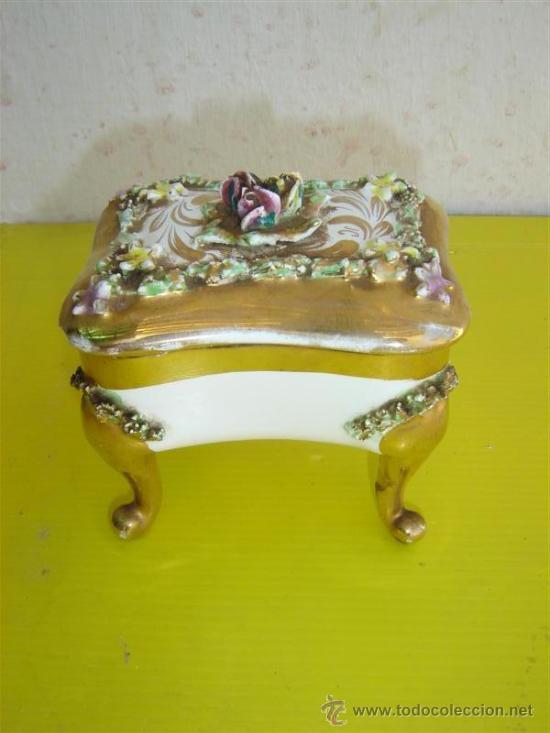 JOYERO DE PORCELANA (Antigüedades - Porcelanas y Cerámicas - Otras)