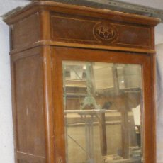 Antigüedades: ARMARIO MODERNISTA AÑO 1920 - CONSULTAR COSTE DE ENVIO -. Lote 32588959