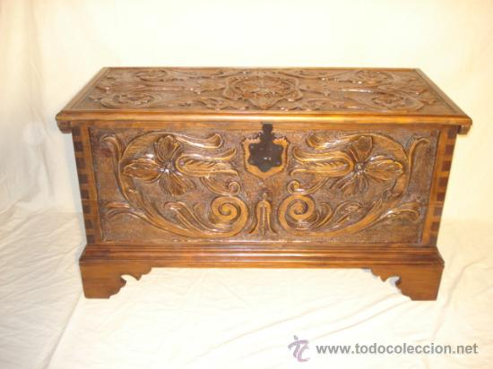 arca de madera tallada a mano en espa a arcon o comprar