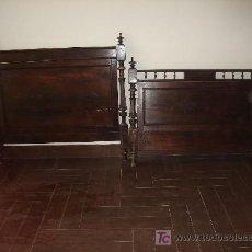Antigüedades: CAMA DE CASTAÑO.. Lote 26443990
