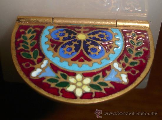 Antigüedades: antigua cruz benditera de esmalte y bronce s.XIX - Foto 9 - 17404619