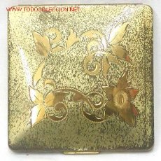Antigüedades: POLVERA DE METAL DORADO AÑOS 40. Lote 1857820