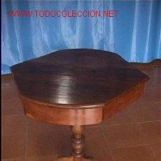 Antigüedades: MESA DE JUEGO NOGAL. Lote 9379598