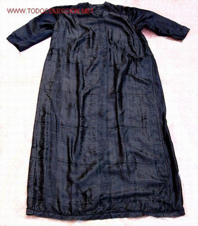 VESTIDO NEGRO DE SEDA NATURAL PP. S. XX (Antigüedades - Moda y Complementos - Infantil)