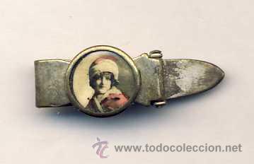 PASADOR DE CORBATA ANTIGUO CON FOTO DE UNA NIÑA (Antigüedades - Moda y Complementos - Infantil)