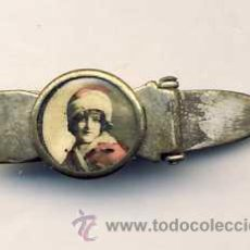Antigüedades: PASADOR DE CORBATA ANTIGUO CON FOTO DE UNA NIÑA. Lote 9857152