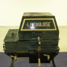 Antigüedades: ESPECTACULAR LAVADORA ANTIGUA LA GAULOISE. Lote 26999215