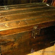 Antigüedades: BAÚL ANTIGUO DE MADERA, DE GRAN TAMAÑO. MEDIDA 108 X 77X 72,5 CM.. Lote 25708823