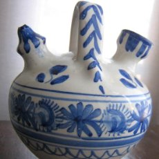 Antigüedades: BOTIJO DE TALAVERA FIRMADO MAVE. Lote 10293448
