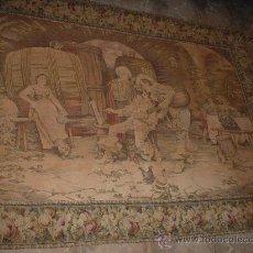 Antigüedades: ANTIGUO GRAN TAPIZ, CON ESCENA DE DE LA EPOCA, HACIA 1900. MEDIDAS 125X175 CM.. Lote 27576715