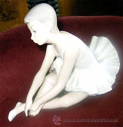 Antigüedades: Figura de bailarina de Nao. Falta trozo de pie. Medidas - Foto 2 - 21067416
