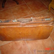 Antigüedades: MALETA DE CUERO. Lote 27142213