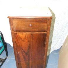 Antigüedades: MESITA DE NOCHE JACARANDA SIGLO XIX, BARNIZADA.. Lote 26422391