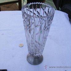 Antigüedades: JARRON DE CRISTAL CON EL PIE DE PLATA. Lote 23108503