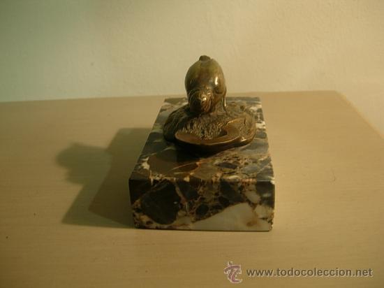 Antigüedades: SUJETAPAPELES DE MARMOL CON FIGURA DE BRONCE ART DECO. - Foto 2 - 26577978