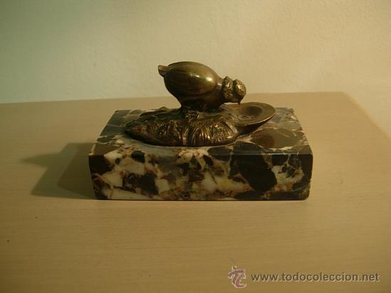 Antigüedades: SUJETAPAPELES DE MARMOL CON FIGURA DE BRONCE ART DECO. - Foto 3 - 26577978