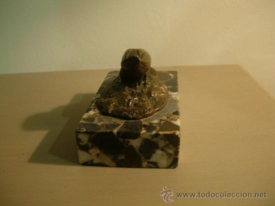 Antigüedades: SUJETAPAPELES DE MARMOL CON FIGURA DE BRONCE ART DECO. - Foto 4 - 26577978