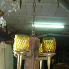 Antigüedades: LAMPARA RUSTICA MADERA Y CRISTAL MARRON CLARO. Lote 11455670