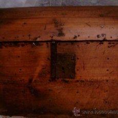 Antigüedades: PEQUEÑO ARCON COFRE . Lote 11576424