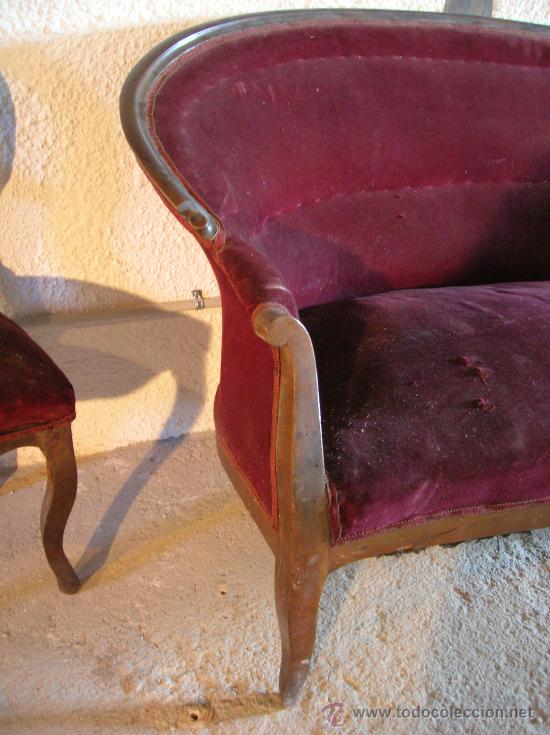 Antigüedades: Tresillo o sofa isabelino de nogal con dos sillas a juego, tercer cuarto del S. XIX - Foto 2 - 36789720