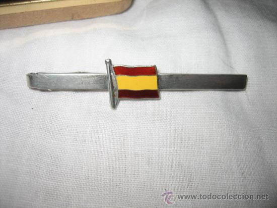 Antigüedades: SUJETACORBATAS DE PLATA CON LA BANDERA ESPAÑOLA ESMALTADA - Foto 3 - 13205949