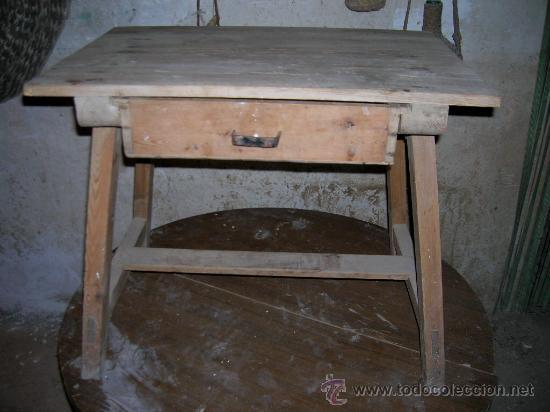 Antigua mesa tocinera muy rustica y decorativa comprar for Mesas antiguas rusticas