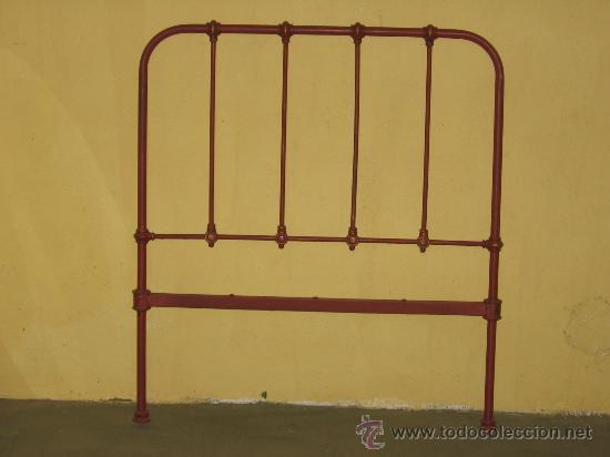 Cabecero de cama en forja pintado en rojo ingle comprar - Camas de forja antiguas ...