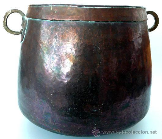 Antigüedades: IMPECABLE CALDERA DE COBRE MARTILLADO - S. XIX - Foto 2 - 26421539