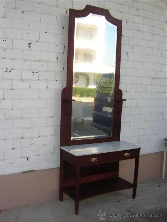 entrada con espejo grande color caoba antigedades muebles antiguos espejos antiguos