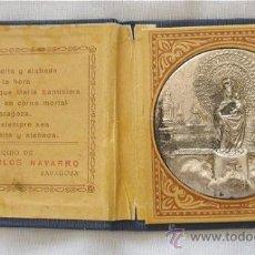 Antigüedades: ESTUCHE VIRGEN DEL PILAR OBSEQUIO CARLOS NAVARRO ZARAGOZA. Lote 27205739