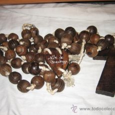 Antigüedades: GRAN ROSARIO DE MADERA RECUERDO DE COVADONGA. Lote 14351706