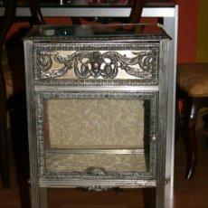 Antigüedades: ANTIGUA MESA DE BRONCE ART DECO. Lote 12590658