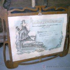 Antigüedades: MARCO ANTIGUO CON TITULO DE SOCIEDAD DE SOCORROS Y RETIROS DE MAQUINISTAS FOGONEROS. Lote 27432617