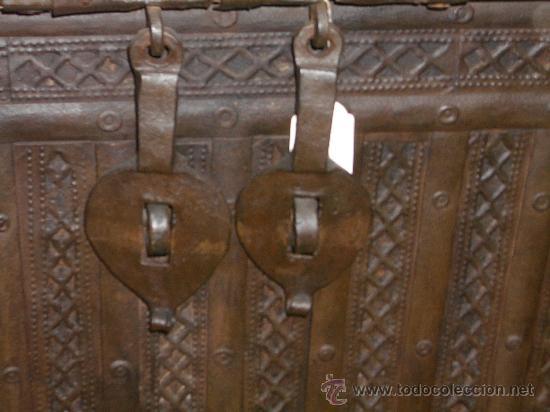 Antigüedades: IMPRESIONANTE ARCON HIERRO ANTIGUO ARCA, CAJA DE CAUDALES. - Foto 6 - 27420844