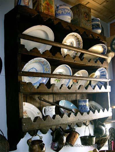 PLATERO - ESPETERA ANTIGUO DE MADERA. MEDIDA 121X111X022 CM (Antigüedades - Muebles - Cómodas Antiguas)