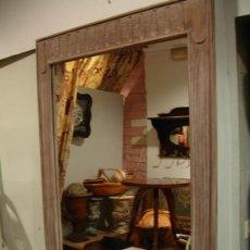 Antigüedades: ESPEJO DE MADERA A JUEGO CON APARADOR ESTRECHO. Lote 27410855