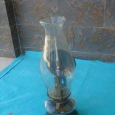 Antigüedades: FAROL, QUINQUÉ O CANDIL ANTIGÜO DE PETRÓLEO, EN DE USO.. Lote 27188129