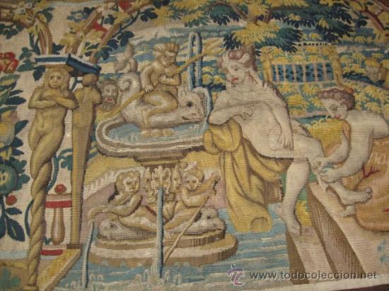 Antigüedades: ENORME TAPIZ DE TELAR RECTANGULAR, ESCENAS MITOLOGICAS SG.XIX. COLOR VIVOS, REMATE MARRON - Foto 3 - 26673513
