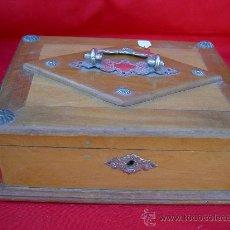Antigüedades: CAJA MADERA NECESER. Lote 16091814