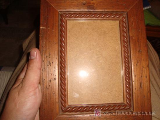 MARCO PORTAFOTO CON CRISTAL Y SOLAPA PARA MESA 18 X 23 CM (Antigüedades - Hogar y Decoración - Portafotos Antiguos)