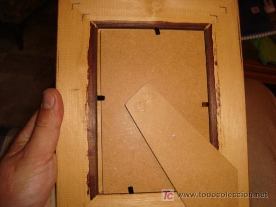 Antigüedades: marco portafoto con cristal y solapa para mesa 18 x 23 cm - Foto 2 - 14265936