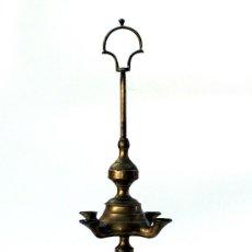 Antigüedades: LUMINARIA O CANDÍL DE ACEITE DE CUATRO LUCES - BRONCE - S. XIX. Lote 26757833